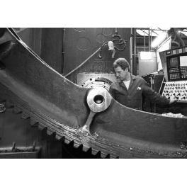 Ajusteur de l'usine de Fives, Lille France 1994